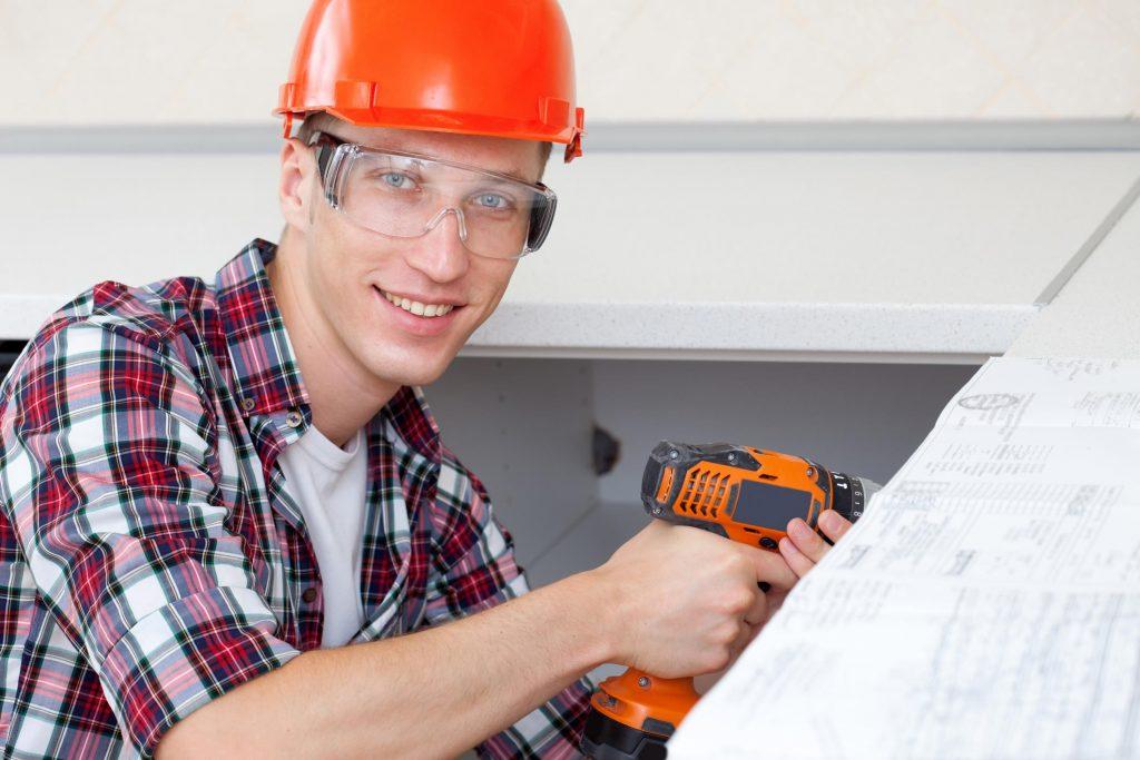 Handyman Las Vegas - Cabinet Repair 1