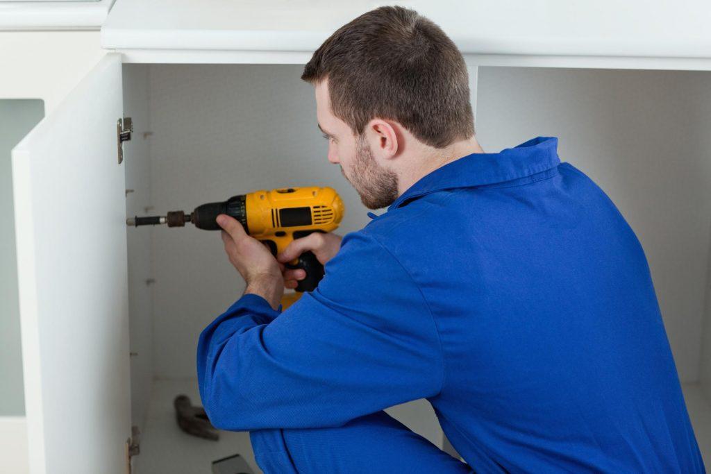 Handyman Las Vegas - Cabinet Repair 2